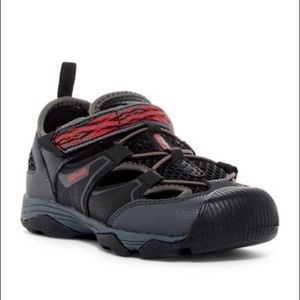 Teva Rollick Outdoor Sneaker new 1M